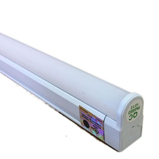 Hera EL/LED/46/CW - Four foot - 15 watt - 4100k -